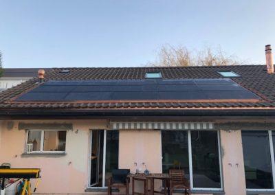 Installation de 15 modules solaires à Crans-Pré-Céligny