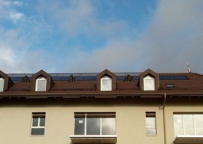 Installation de 19 modules solaires à Ollon
