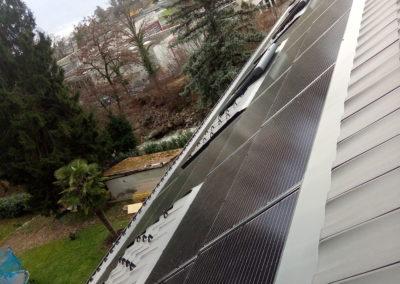Installation 47 modules solaires en intégré à Montreux