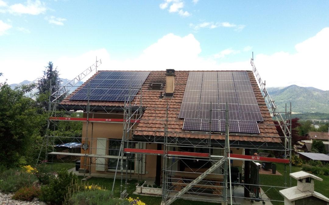 Installation 30 modules solaires en surtoiture à Muraz