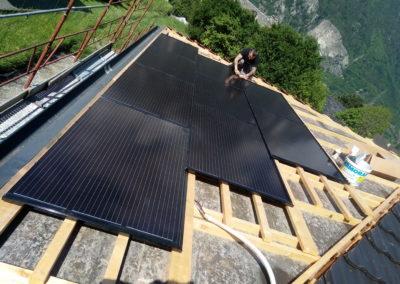 Installation 9 modules solaires en intégré à Dorénaz