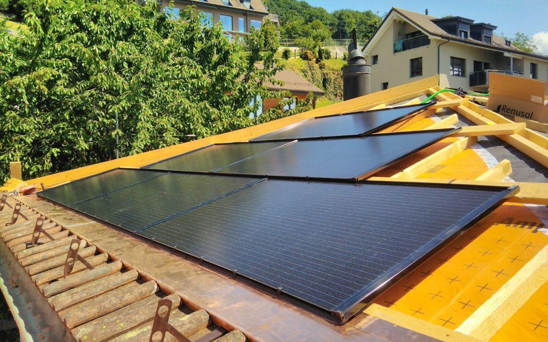 Installation 30 modules solaires en intégré sur 3 pents de toit différents à Chardonne