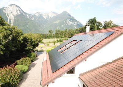 Installation 42 modules solaires en surtoiture à Noville