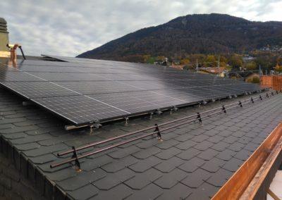 Installation 45 modules solaires en surtoiture à Saint-Légier