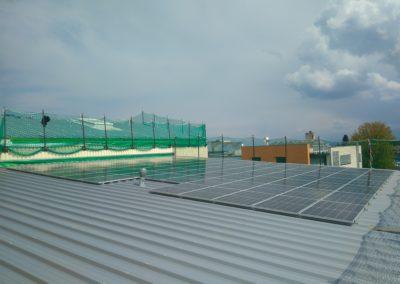Installation 209 modules solaires en surtoiture à Nyon